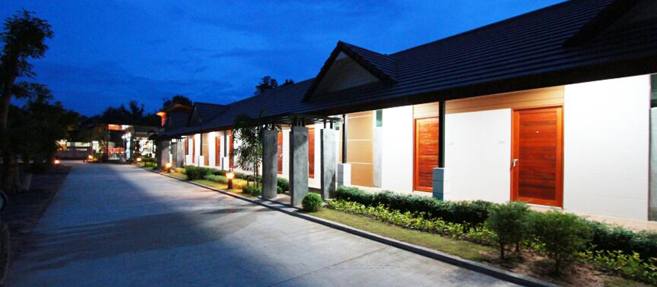 โรงแรมผกาวัลย์ มหาสารคาม สุขกาย สบายใจ ดั่งบ้านคุณ